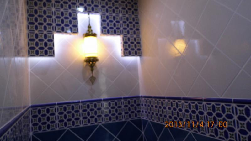 Marokkóban egy fürdő